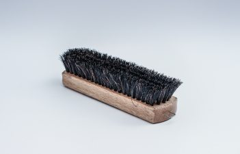 brush-cleaning-scrubber-45059